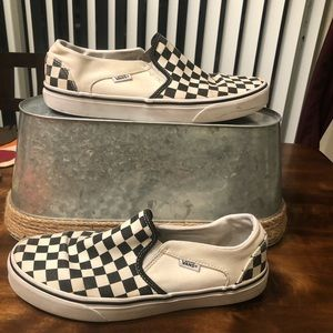 Vans | Black and White Checkered Sneakers Size 10